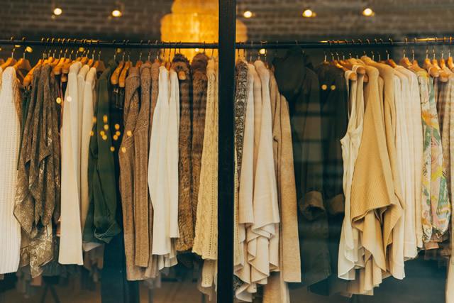 Importatore, grossita e distributore di abiti usati