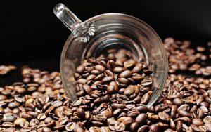 Produzione di caffè in grani, caffè macinato, caffè in cialda, caffè in capsula, cappuccini freddi, orzo, ginseng, cioccolate, ecc