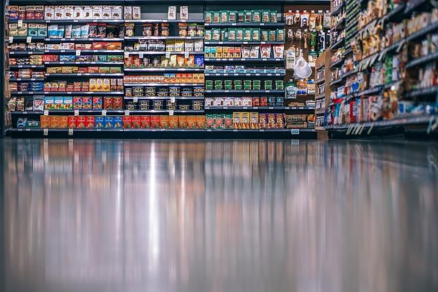 Ingrosso prodotti alimentari: olio, pasta, pelati